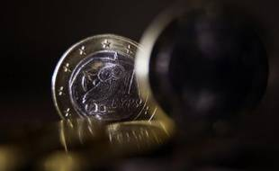 A la veille de l'échéance fixée jeudi soir, plusieurs dizaines de créanciers privés ont annoncé mercredi leur volonté de participer à l'échange de dette grecque, envoyant un message favorable quant à l'issue de l'opération, selon l'un des deux négociateurs en chef.