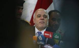 Le Premier ministre irakien Haïdar el-Abadi lors d'une conférence de presse à Kerbala le 23 octobre 2014