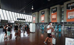 Dans le terminal 2 de l'aéroport de Nice, le 10 août 2020