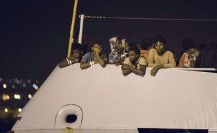 Les migrants débarqués à Pozzallo (Italie) sont originaires principalement d'Erythrée et de Somalie