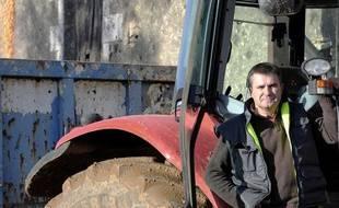 Paul Francois, agriculteur en Poitou-Charentes, a été victime d'une intoxication massive en nettoyant sa cuve d'épandage de pesticides.