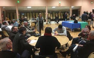 Organisation du grand débat national, à Ludon-Médoc (Gironde), le 7 février 2019.