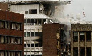 Vue de l'immeuble soufflé par une explosion dans le quartier  du gouvernement à Oslo, en Norvège, le 22 juillet 2011.