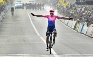 A 25 ans, l'Italien Alberto Bettiol a ouvert son palmarès professionnel en remportant dimanche le Tour des Flandres.