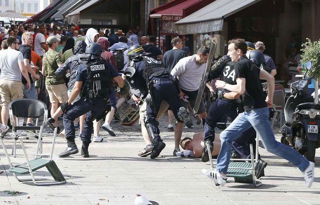 Des bagarres entre supporters russes et anglais ont éclaté à Marseille, cours Estienne d'Orves, le 11 juin 2016.