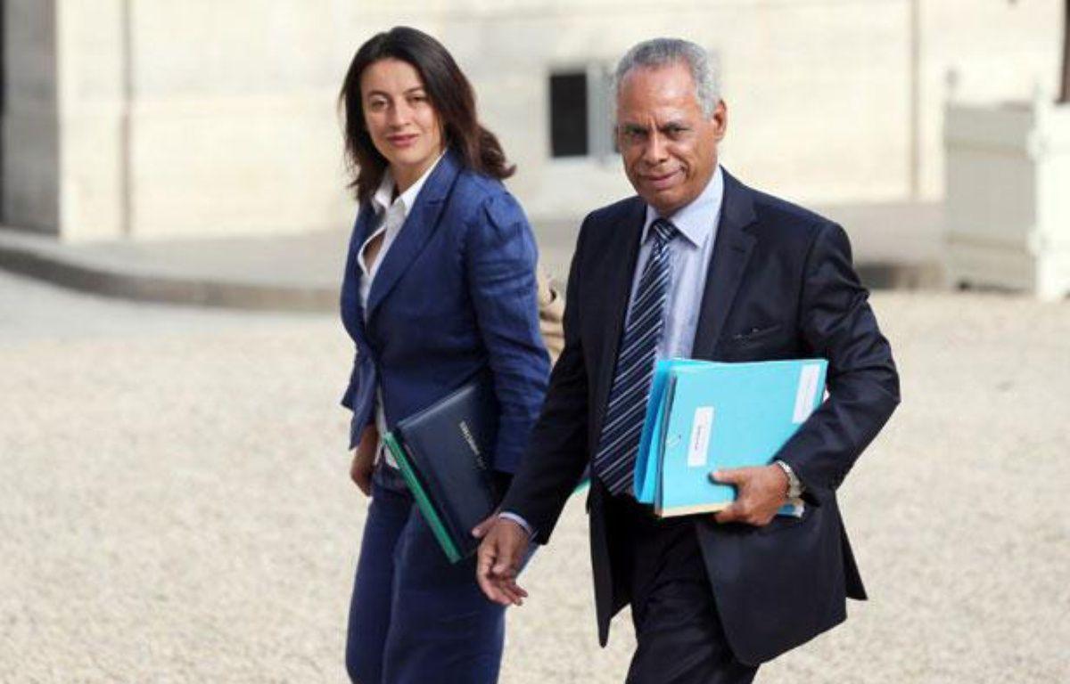 Cécile Duflot et Victorin Lurel à l'Elysée, Paris, le 22 août 2012. – THOMAS SAMSON / AFP