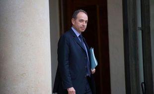 Le président contesté de l'UMP, Jean-François Copé, est sorti de l'Elysée mardi matin, où il a rencontré François Hollande à propos de la commission Jospin, sans faire de commentaires sur l'annonce par François Fillon de la création d'un nouveau groupe parlementaire.
