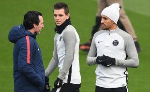 Marquinhos aimerait lui aussi qu'Unai Emery reste au club.