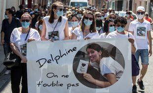 La marche blanche organisée par les collègues de Delphine Jubillar le 12 juin 2021 à Albi (Tarn).