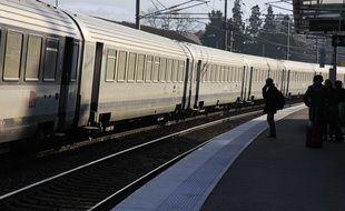 Illustration train TER, SNCF. Voiron, FRANCE - 29/12/2014/VILAXAVIER_11801/Credit:XAVIER VILA/SIPA/1412311136