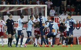 Le match de playoffs Ajaccio-Le Havre a dégénéré.