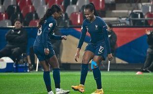 Les Bleues peuvent danser. Elles mènent face à l'Autriche et s'ouvrent le chemin de l'Euro 2022.