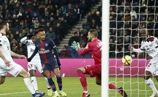 Neymar inscrit le premier but du PSG contre Guingamp, le 19 janvier 2019 au Parc.