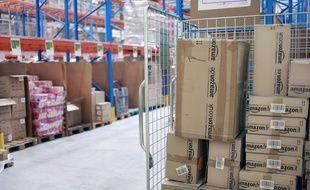 Amazon devra reclasser des employés du site de Saran dans la convention collective nationale commerce détail non alimentaire.