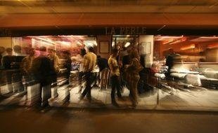 Le bar La Perle dans le Marais