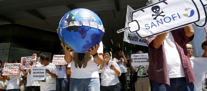 Manifestation contre la campagne de vaccination de Sanofi, le 5 mars 2018 aux Philippines.