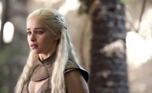 Emilia Clarke est «Khaleesi», la Reine des dragons dans la série Game of Thrones.