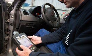 Le diagnostic automobile embarqué permet d'accéder à toutes sortes d'informations en interrogeant les calculateurs électroniques de la voiture.