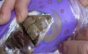 Une partie du cannabis était caché dans des ballons en plastique.
