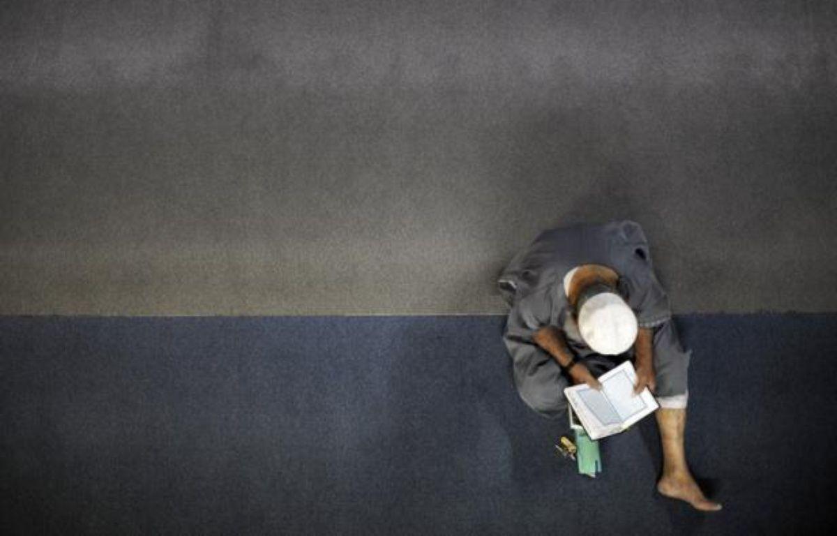 """Le premier """"Salon international du Monde musulman"""" (SIMM), qui se veut apolitique et non communautariste, mais axé sur le patrimoine de l'Islam, se tiendra de samedi à lundi au Parc des Expositions du Bourget. – Sebastien Bozon afp.com"""