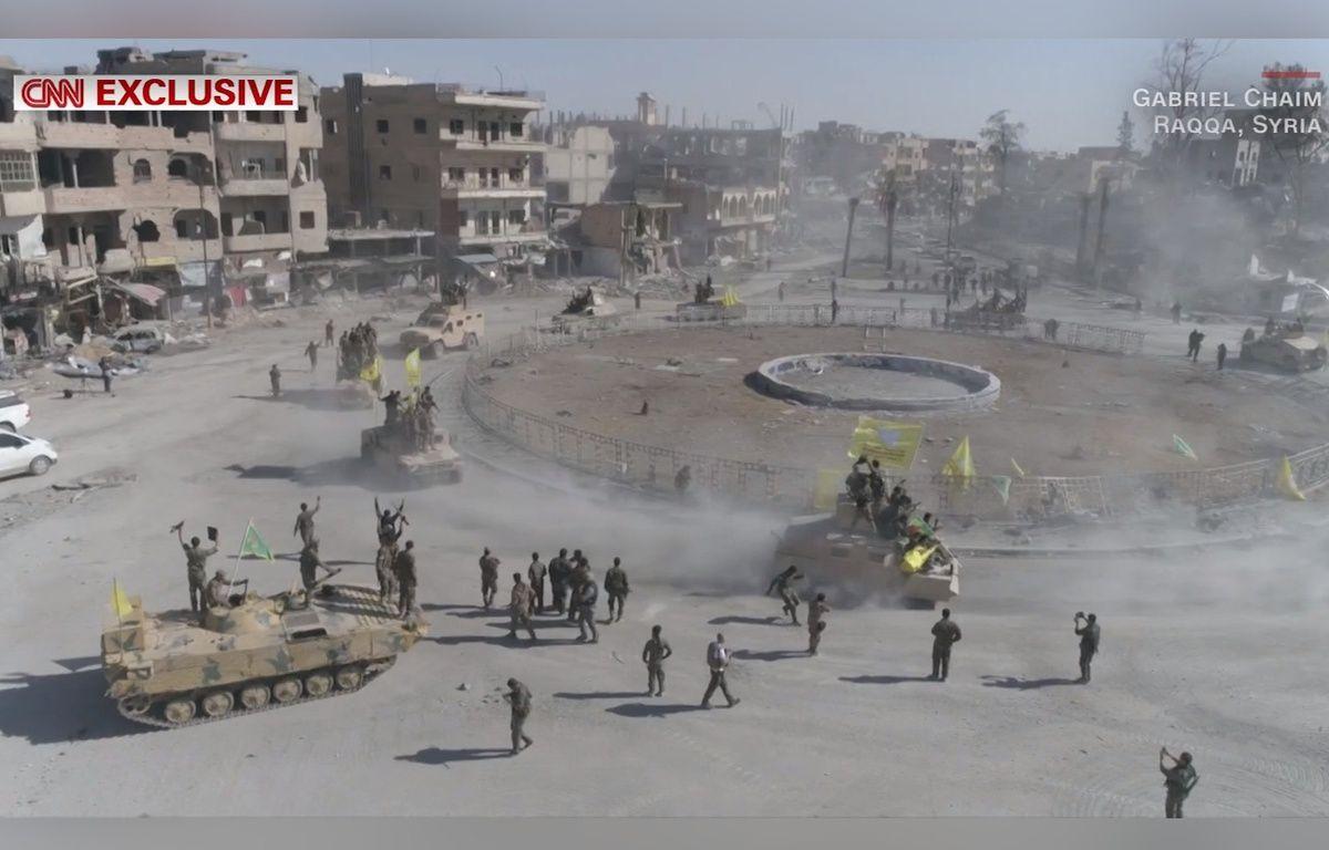 A Raqqa, Al-Naïm square, surnommé le «rond-point de l'enfer» a été libéré le 16 octobre 2017 par les Forces démocratiques syriennes. – CNN/Gabriel Chaim