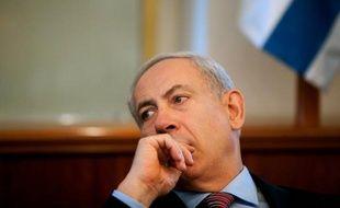 La police chypriote a arrêté un jeune Libanais soupçonné d'avoir préparé un attentat contre des intérêts israéliens dans l'île méditerranéenne, ont rapporté samedi les médias chypriotes, tandis que le Premier ministre israélien accusait l'Iran d'être derrière ce projet.