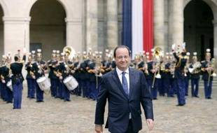 Le président François Hollande, le 22 mai 2014 aux Invalides à Paris