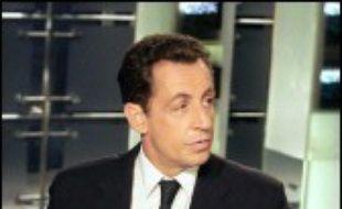 """Nicolas Sarkozy justifie dans son dernier livre """"Témoignage"""" sa candidature à la présidentielle de 2007, se réclame du """"gaullisme"""" qui a guidé son engagement politique et dit son """"admiration"""" pour Jacques Chirac."""