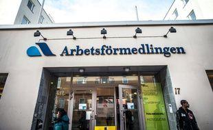Depuis une vingtaine d'années, les expériences de réduction du temps de travail se multiplient en Suède