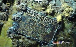 La plaque du sous-marin retrouvé en mer par les chercheurs américains et japonais