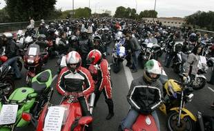 Manifestation en hommage au jeune homme décédé suite à un moto-jacking, e 18 octobre 2008 à Toulouse.