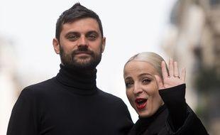 Jean-Karl Lucas et Emilie Satt, qui forment le duo Madame Monsieur, à Paris, en avril 2018.