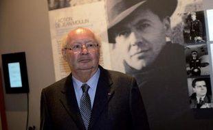"""Le décès du criminel de guerre nazi présumé hongrois Laszlo Csatari, mort à 98 ans samedi à Budapest, """"montre la difficulté de juger les plus vieux criminels de guerre"""", a dit lundi à l'AFP Serge Klarsfeld, président de l'association des Fils et filles des déportés juifs de France."""