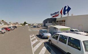 Google Street View du magasin Carrefour Market de Penvénan, dans les Côtes d'Armor.