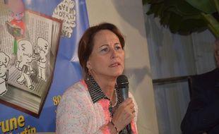De par la fonction qu'elle occupe, Ségolène Royal doit s'en tenir à un devoir de réserve, indique le gouvernement.