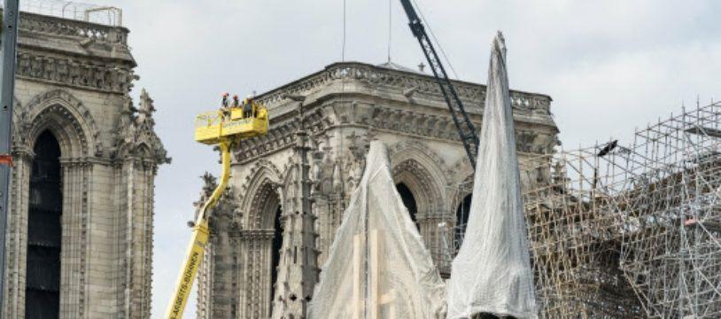 Les opérations de consolidation de la structure de Notre-Dame.