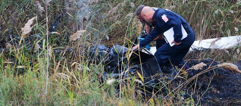 Les techniciens ont procédé aux premières photos à l'endroit du crash