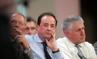 """Le député-maire socialiste de Lens, Guy Delcourt, a estimé vendredi que Martine Aubry avait fait preuve de """"précipitation"""" et de """"maladresse"""" en annonçant jeudi la création d'une commission d'enquête sur le fonctionnement du Parti socialiste dans le Pas-de-Calais."""