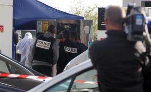 Jacques Santoni, présenté comme le chef présumé de la bande dite du Petit Bar à Ajaccio, doit être présenté jeudi à un juge d'instruction enquêtant sur l'assassinat de l'avocat Antoine Sollacaro en octobre 2012, a-t-on appris de source judiciaire et proche du dossier.