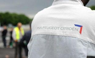 Manifestation de salariés de PSA à Aulnay-sous-Bois le 12 juillet 2012.