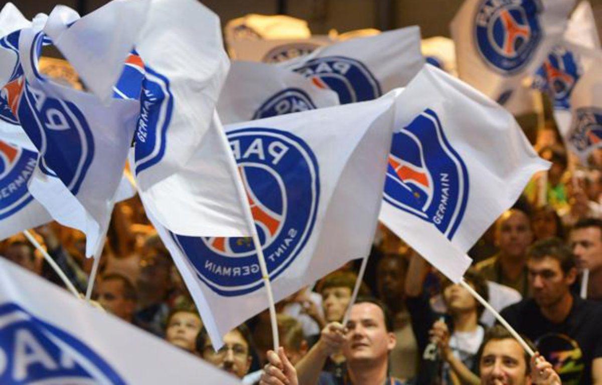 Le public du PSG handball, lors d'un match du PSG handball contre Montpellier le 6 octobre 2013. – HARSIN ISABELLE/SIPA