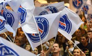Le public du PSG handball, lors d'un match du PSG handball contre Montpellier le 6 octobre 2013.