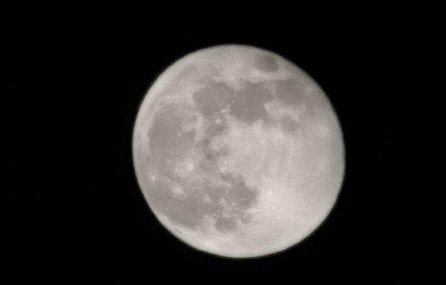 La Lune photographiée avec le P30 Pro de Huawei.