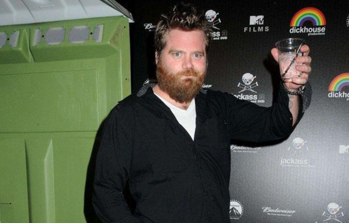 Ryan Dunn, l'un des membres de Jackass, lors de la soirée pour la sortie du DVD aux Studios Paramount, le 7 mars 2011, à Los Angeles. – ADMEDIA/SIPA