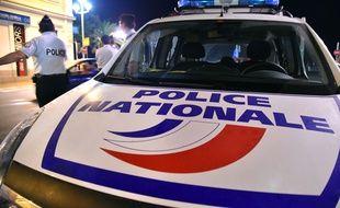 Contrôle de police à Nice en juillet 2015.