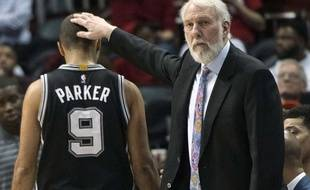 Tony Parker et Gregg Popovich, le coach des Spurs, le 2 janvier 2017.