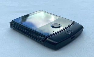 Le Razr 2020, de Motorola intègre un écran souple de 6,2 pouces.
