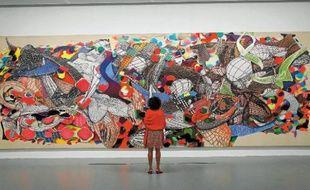 « Polombe », l'oeuvre de Franck Stella, fait plus de 3 mètres sur 9 mètres.