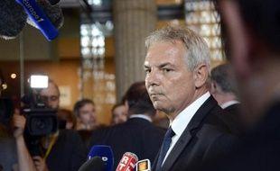 """Thierry Lepaon, secrétaire général de la CGT, a qualifié vendredi d'""""opération de communication"""" le plan promis par François Hollande pour faire baisser les emplois non pourvus,ajoutant que """"personne ne sait"""" exactement de quels emplois il s'agit."""