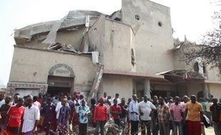 Une attaque par des hommes armés dans une église chrétienne du nord-est du Nigeria a fait six morts jeudi soir, au lendemain de l'expiration d'un ultimatum de la secte islamiste Boko Haram pour que les chrétiens quittent le nord musulman.